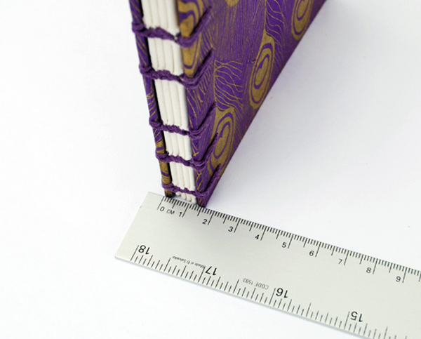 0c_clam_shell_box_measure_book_thickness1